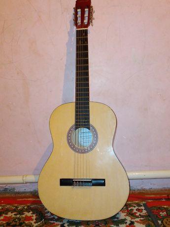 Гитара по имени CORTLAND