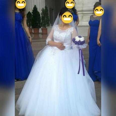 Свадебное платье 40-50 размер