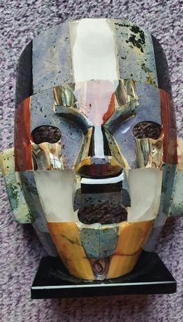 Masca mexicana din diferite materiale de compozit piatra si os, Chiche
