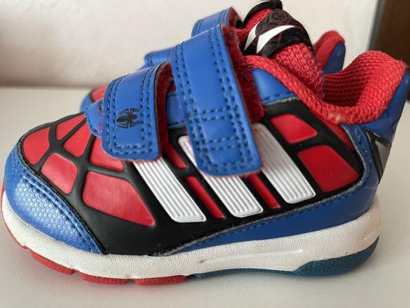 Маратонки Adidas 19 номер