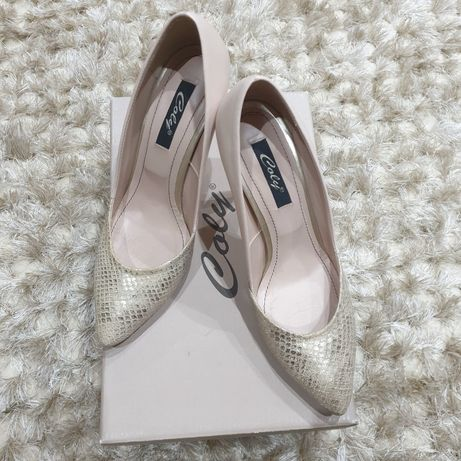 Pantofi piele,model elegant