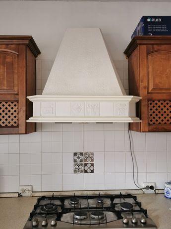 Срочно продаётся кухонная  вытяжка