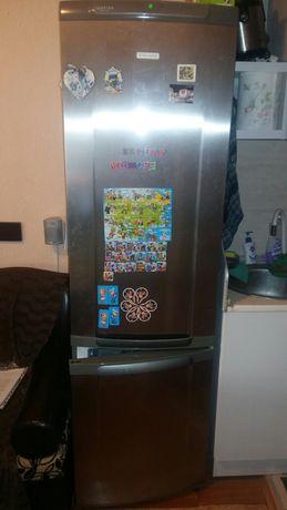 Хладилник с фризер Electrolux