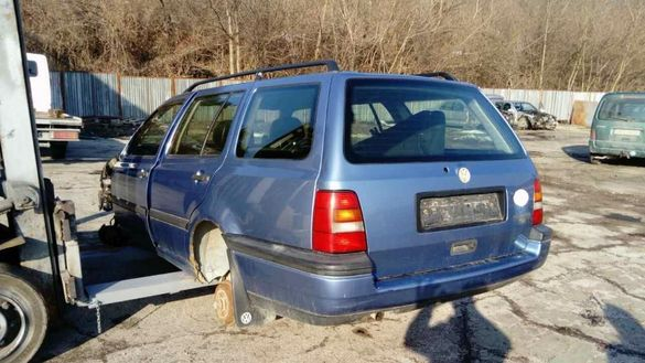 VW GOLF 3 1.9td на части