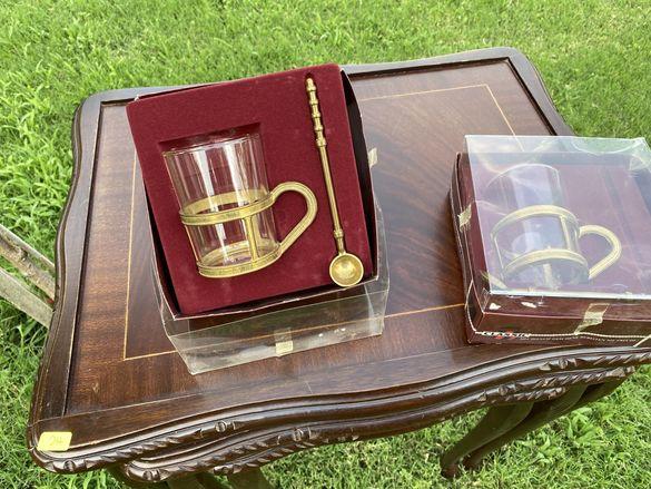 Немска чаша за чай с месингов стъкан