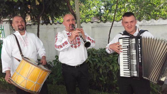 Оркестър за извеждане на булка,сватба.