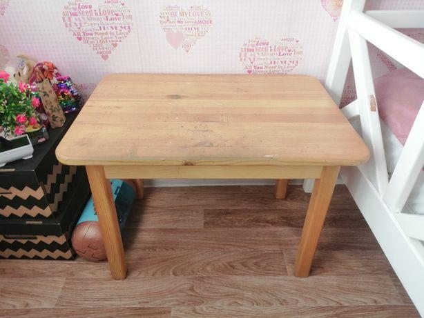 Продаю детский деревянный стол