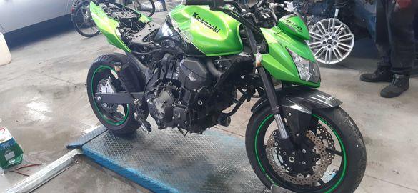 Мотоциклет кавазаки Z 750(Kawasaki Z 750)-на Части