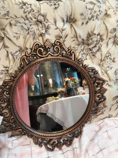 Зеркало в бронзе