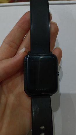 Продаётся смарт-часы Хiomi amazfit bip