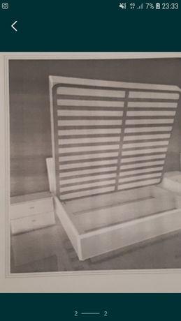 Кровать с 2 -мя тумбочками
