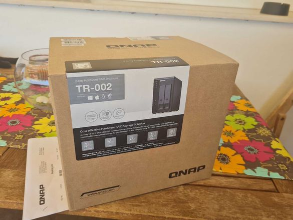 QNAP TR-002 2 Bay USB Type-C Direct Attached Storage - Hardware RAID
