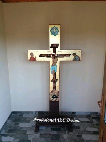 Cruce pictată +stativ
