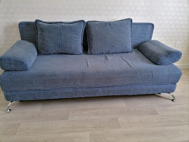 Продам диван в хорошом состоянии,  10.000 тенге