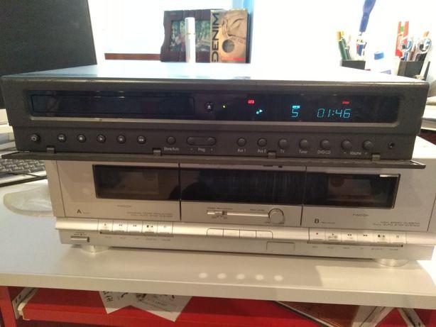 Vând DVD/CD player Loewe