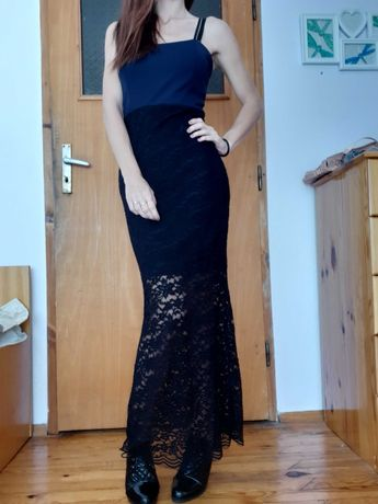 Официална дълга вталена рокля с дантела