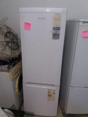 продам срочно  холодильник