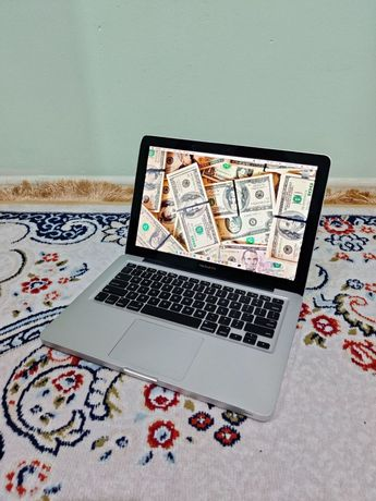 MacBook Pro mid 2012 ноутбук в хорошем состоянии