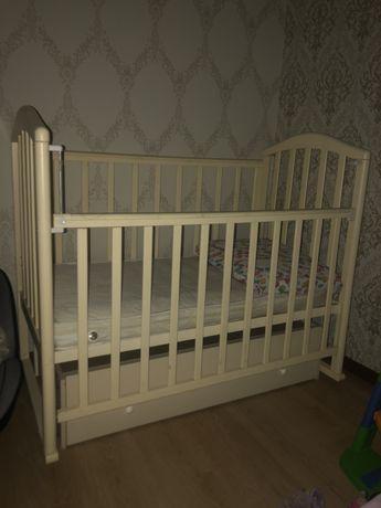 Детская кроватка. Россия