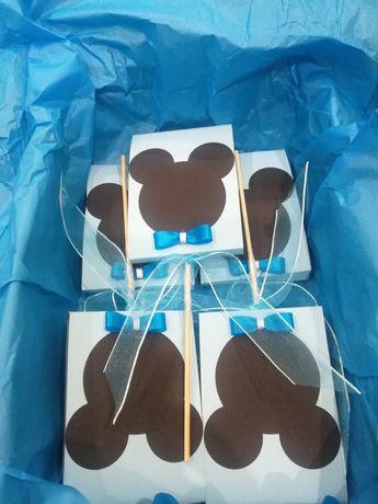 Подаръци- близалка в кутийка, гипсово ангелче, кръщене, бебешко парти