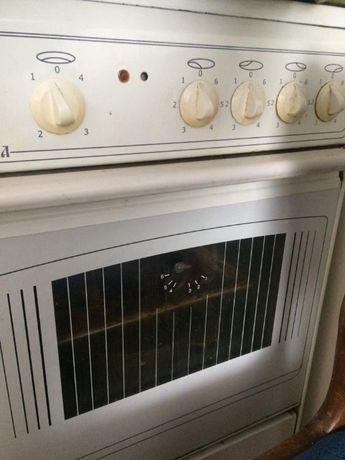 Продам электрическую плиту