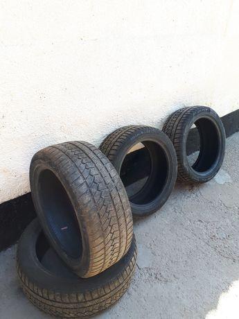 Продам зимние шины 245/45/R18