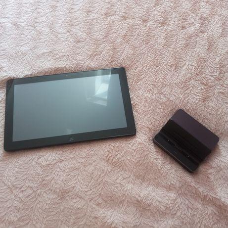 Продам ноутбук-планшет Samsung 700T с Bluetooth-клавиатурой б/у
