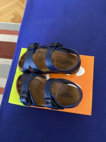 Sandale copi