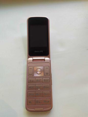 Продам Мобильный телефон Philips Xenium E255 белый