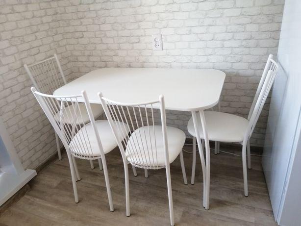 Новые столы. Доставка бесплатно до квартиры.