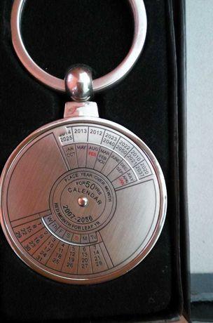 Брелок календарь до 2056 года