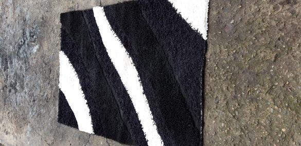 Килим 170/120см- черно бял