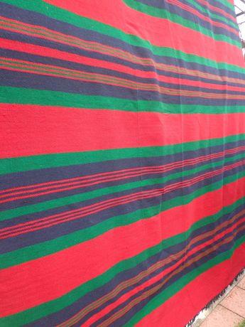 Вълнен възрожденски ръчно тъкан килим