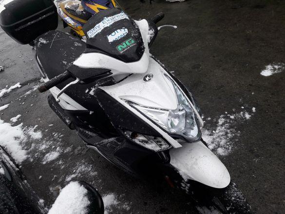Мотоциклет,скутер Кимко Аджилити16+50iсс(125,150Kymco Agility) на част