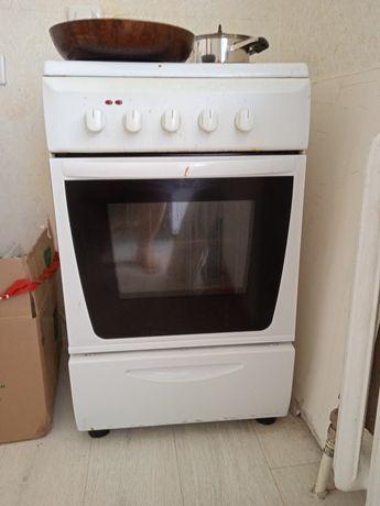 Продам плиту, духовку.