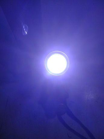 Lanterna cu bec led
