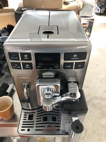 Espressor automat Exprelia