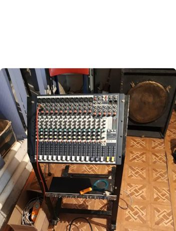 Продам микшерный пульт для музыкальный аппаратуры