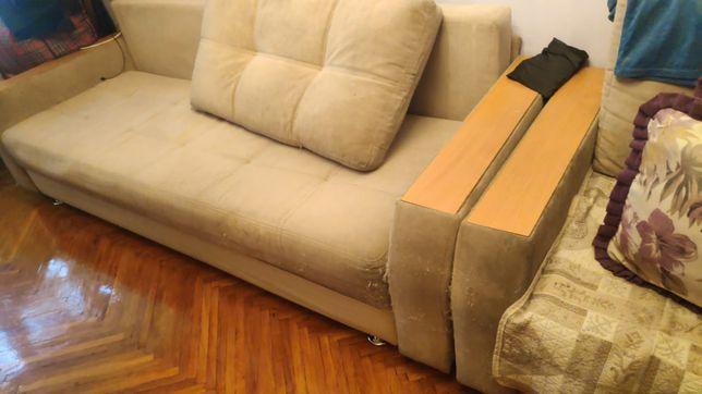 Отдам даром диван, а так же кресло
