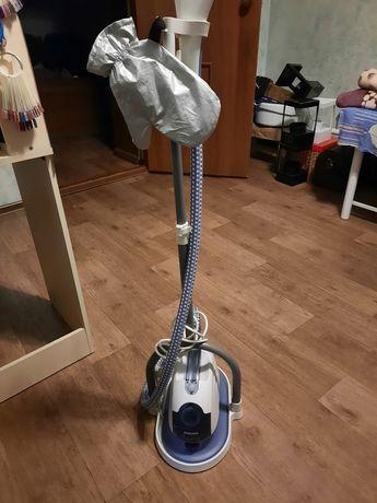 Отпариватель для одежды GC515