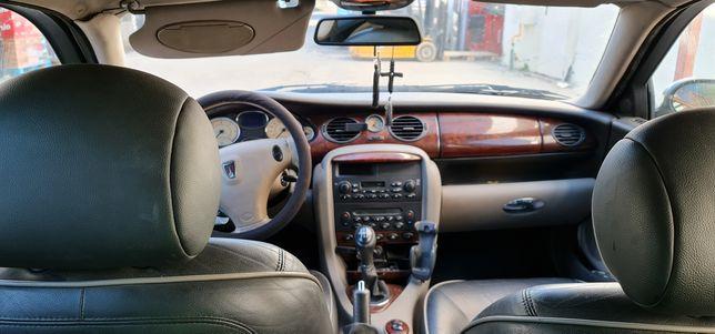 Vând Rover model  75