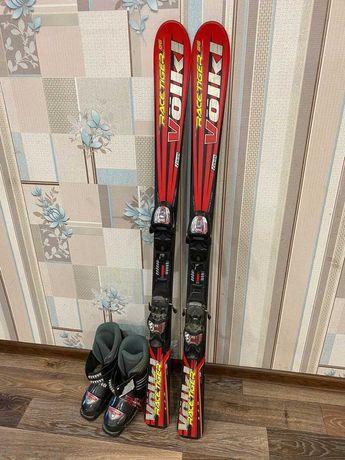Горные лыжи VOLKI 130см с ботинками .