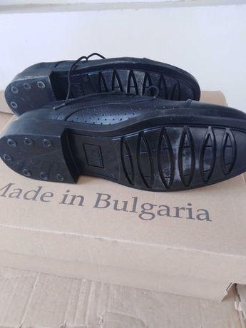 Обувки половинки перфорирани нови. Естествена кожа.