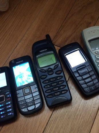 Lot telefoane vechi(unele functionale si cu accesorii)