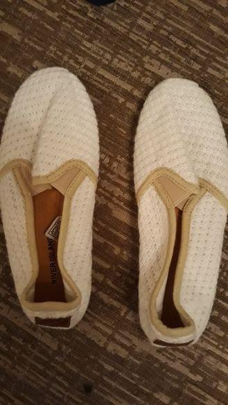 river island леки обувки