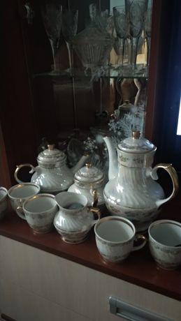 Продам сервиз чайный.б.у