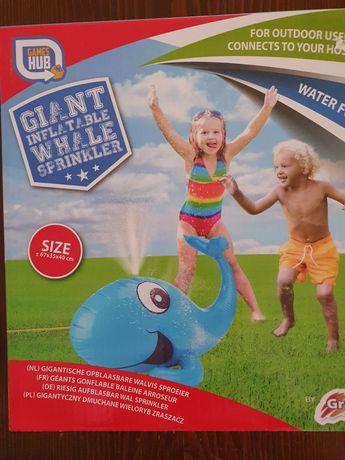 Нова градинска играчка за двор
