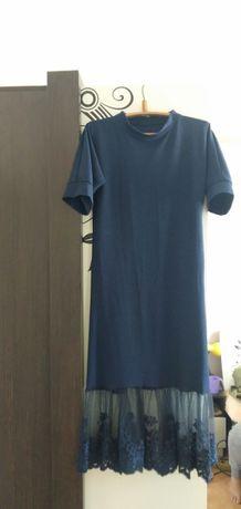 Платье красивое продам