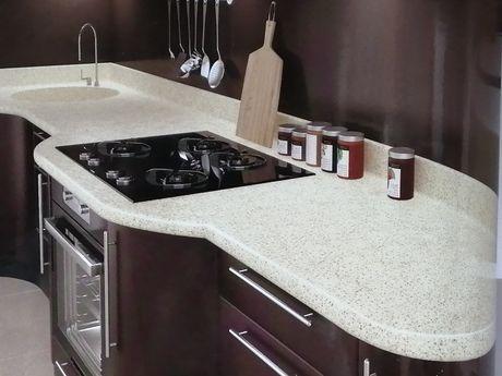 Изработка на плотове за кухня и баня от акрилен камък.