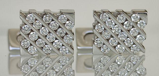 Butoni aur 18k cu diamante ASPREY
